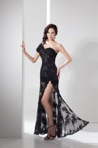 Sexy Black One Shoulder High Slit Homecoming Dress with Lace and Appliques