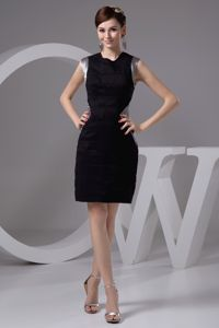 Show Thin Black and Silver Bateau Sparkly Homecoming Dresses in Mini-length in Vail
