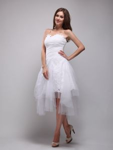 Lace and Tulle White Strapless Knee-length Homecoming Dresses in Ruches from Golden