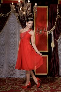 Simple Red Empire One Shoulder Chiffon Junior Homecoming Dresses in Beading in Vista