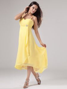 Spaghetti Straps Yellow Beaded Ruched Homecoming Queen Dresses with Chiffon in Vista