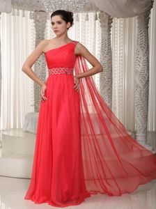 Empire One Shoulder Coral Red Beaded Homecoming Dresses in Watteau Train in Rolla