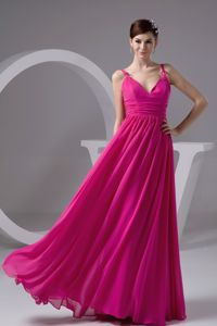 V-neck Chiffon Homecoming Court Dresses in Hot Pink in Redmond
