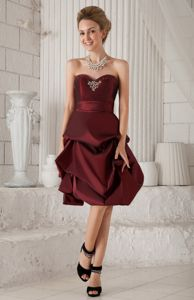 Pick-ups and Beading Burgundy Homecoming Cocktail Dresses in Competa