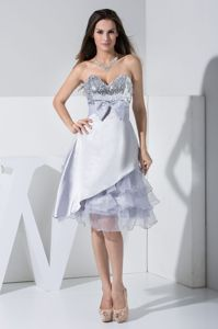 Sequined Bowknot and Ruffled Layers Plus Size Homecoming Dresses in Jaca