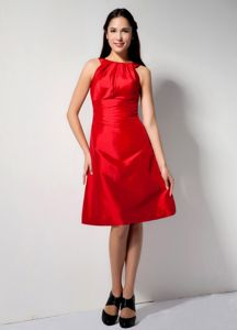 Red A-line Bateau Knee-length Homecoming Dresses For Juniors in Tarrega