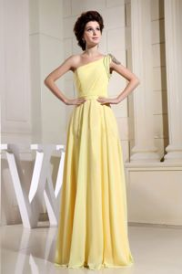 Beaded Yellow One Shoulder Homecoming Princess Dress in Medway Towns