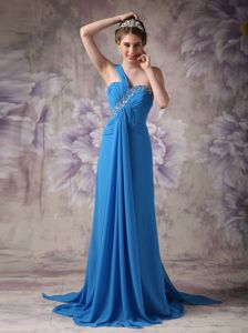 One Shoulder Blue Brush Train Homecoming Queen Dresses with Beading