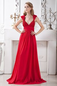 Red Beaded V-neck Chiffon Evening Homecoming Dresses with Brush Train