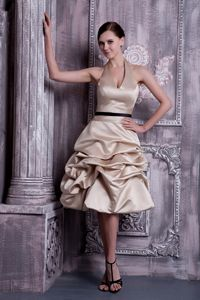 Knee-length Halter Pick-ups Champagne Homecoming Dress in Marl Germany
