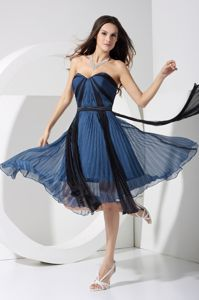 Pleated Sweetheart Short Party Dress for Homecoming in Navy Blue
