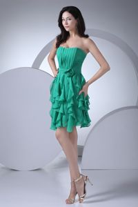 Strapless Ruffled Layers Green Short Homecoming Queen Dresses