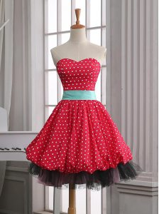 Suitable Sleeveless Lace and Pleated Zipper Junior Homecoming Dress