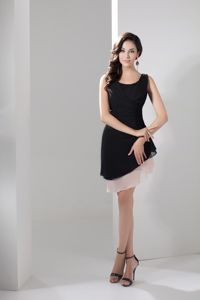 Two Tiers and Scoop for Asymmetrical Homecoming Dresses in Black