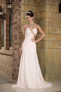 Light Pink Sweetheart Beading Junior Homecoming Dresses in Column