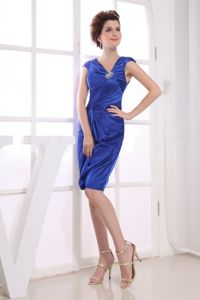 Royal Blue Homecoming Princess Dresses with V-neck to Knee-length