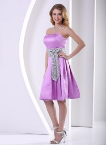 Strapless Knee-length Lavender Homecoming Queen Dress with Sash in Deale