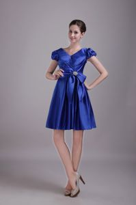 Blue V-neck Mini-length Party Dress for Homecoming with Bowknot in Eliot