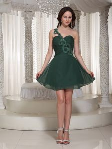 Hunter Green One-Shoulder Ruched Appliqued Homecoming Dress for Junior