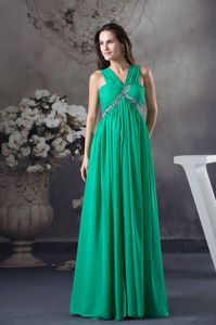 Clearance Empire Green V-neck Homecoming Dress in Beading and Ruching in Joplin