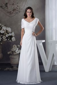 Cheap White Ruched Empire long Short Homecoming Dresses with V-neck in Trenton