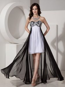 Black and White Chiffon Cute Homecoming Dresses with Appliques and Beading in Indiana