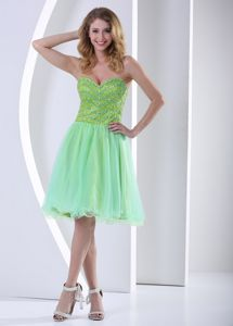 Beaded Yellow Green Sweetheart Knee-length Homecoming Dress with Organza in Juneau