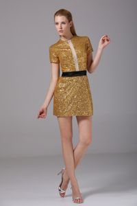 Scoop Short Sleeves Style Tight Homecoming Dresses with Sequins in Balmaha