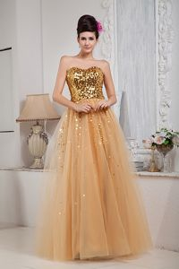 A-line Sweetheart Gold Homecoming Dress in Tulle with Sequins in Larbert