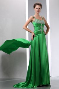 Pretty Beaded and Ruched Column Homecoming Dresses with Court Train