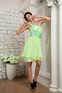 Arcadia Yellow Green Knee-length Chiffon Homecoming Cocktail Dresses