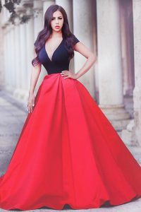 Great Red And Black V-neck Neckline Beading Homecoming Gowns Short Sleeves Zipper