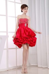 Beaded Strapless Red Tight Homecoming Dresses with Pick-ups in Bedford