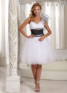 One Shoulder White Tight Homecoming Dresses with Hand Made Flower