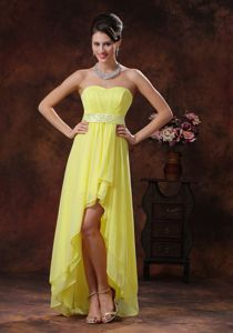 Light Yellow High-low Homecoming Queen Dresses with Belt in Marietta