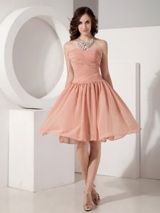Sweetheart Chiffon Ruched Knee-length Tight Homecoming Dresses in Stuart