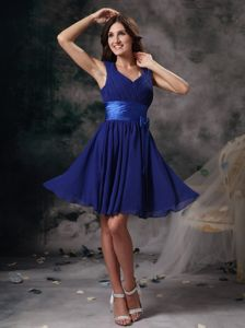 Peacock Blue V-neck Chiffon Junior Homecoming Dress with Ruches