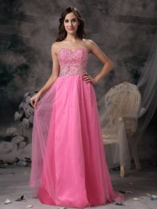 Pretty Sweetheart Neck Rose Pink Long Homecoming Dress with Beads