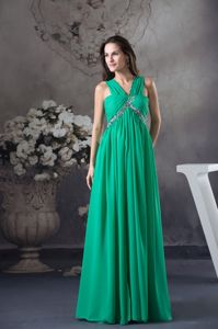 Green V-neck Floor-length Homecoming Dress with Ruching in Atlanta