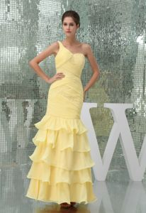 Special Ruffled Layers Ankle-length Yellow Homecoming Dress in US