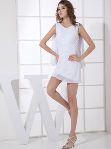 Pure White V-neck Neck Mini-length Party Dress for Homecoming in Barrington