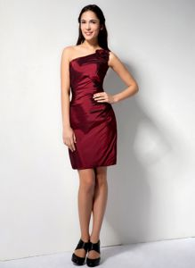 Cheap Burgundy One Shoulder Inexpensive Homecoming Dress in Mini-length