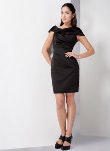 Black Off The Shoulder Mini-length Celebrity Homecoming Dress in Pasadena