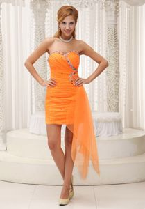 Orange Red Sweetheart Mini-length Celebrity Homecoming Dress with Ruching