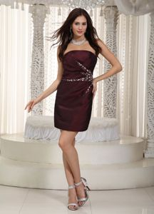 Burgundy Column Strapless Mini-length Beading Taffeta Cocktail Dress