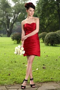 Wine Red Sweetheart Short Inexpensive Homecoming Dresses with Ruche