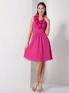 Vintage Hot Pink Chiffon Short Homecoming Dresses with Ruffled Halter