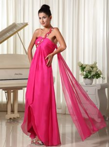 One Shoulder Hot Pink Vintage Homecoming Dress with a Watteau Train