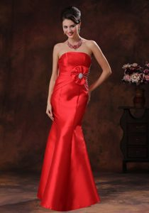 Red Strapless Beaded Mermaid Long Satin Homecoming Dresses in Aptos