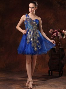 Royal Blue One-Shoulder Mini-Length Peafowl Decorated Homecoming Cocktail Dress